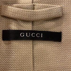 Authentic GUCCI silk tie.